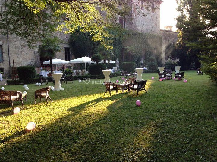 Rocca di soragna for Allestimento giardino