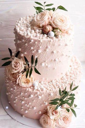 Pink weddindg cake