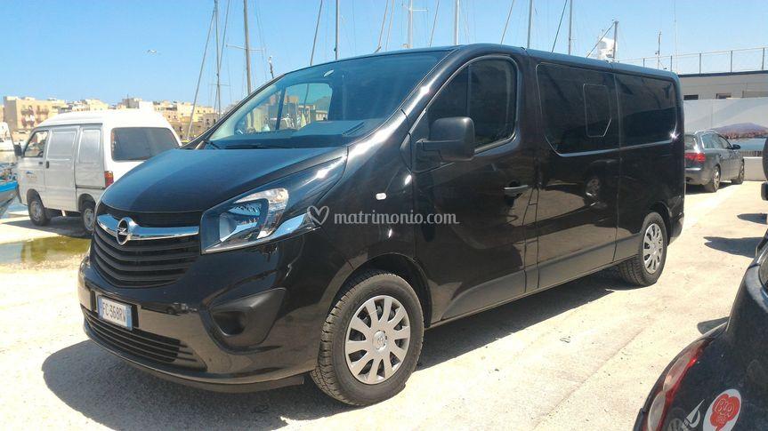 Minivan vivaro