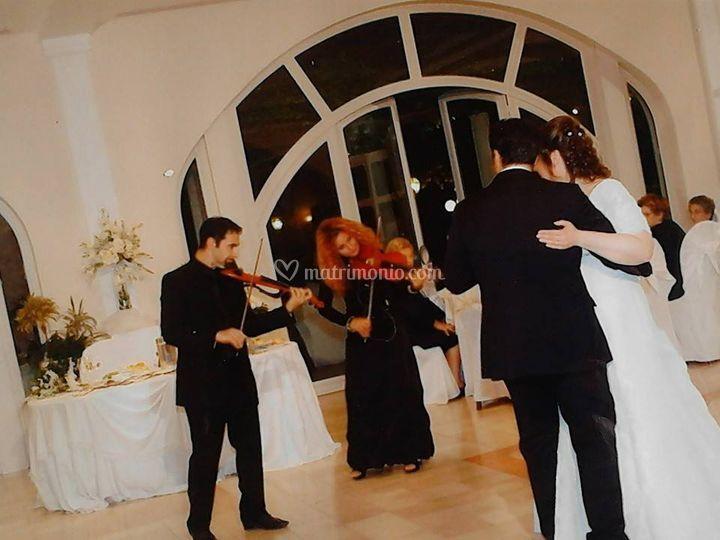 Violinisti Vito e Adele
