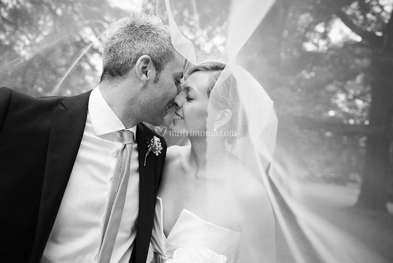 Un bacio sotto il velo