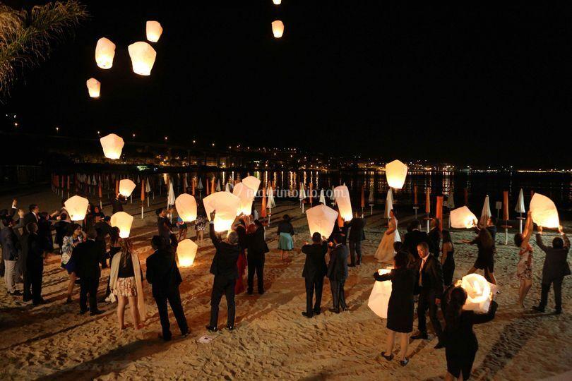 Spettacolo lanterne volanti