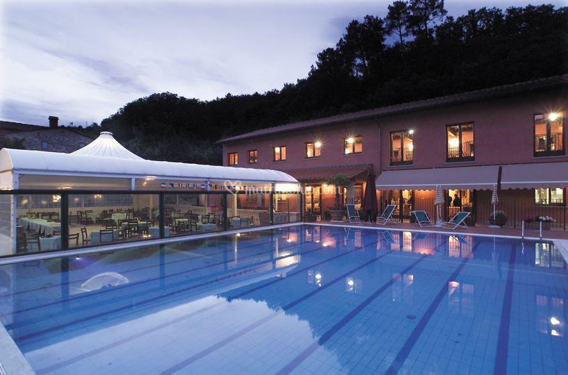 La piscina e la veranda