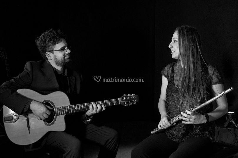 Matrimonio In Musica : Chitarra e flauto di matrimonio in musica foto
