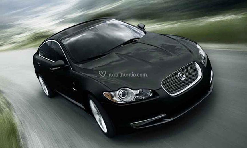 Jaguar xf esterno
