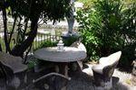 Tavolino isola di Villa Laghetto Monchery