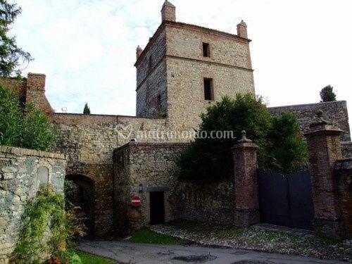 Il piccolo borgo del castello