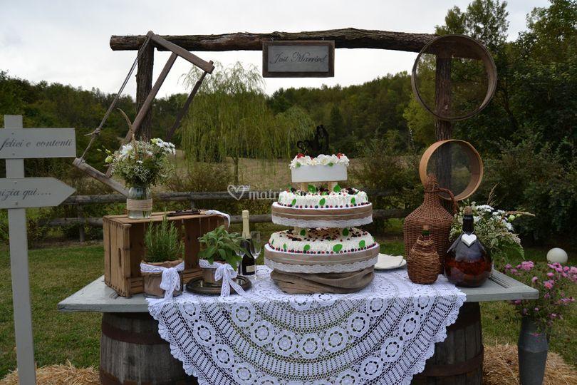 Torta Matrimonio Rustico : Ciabot del grignolin