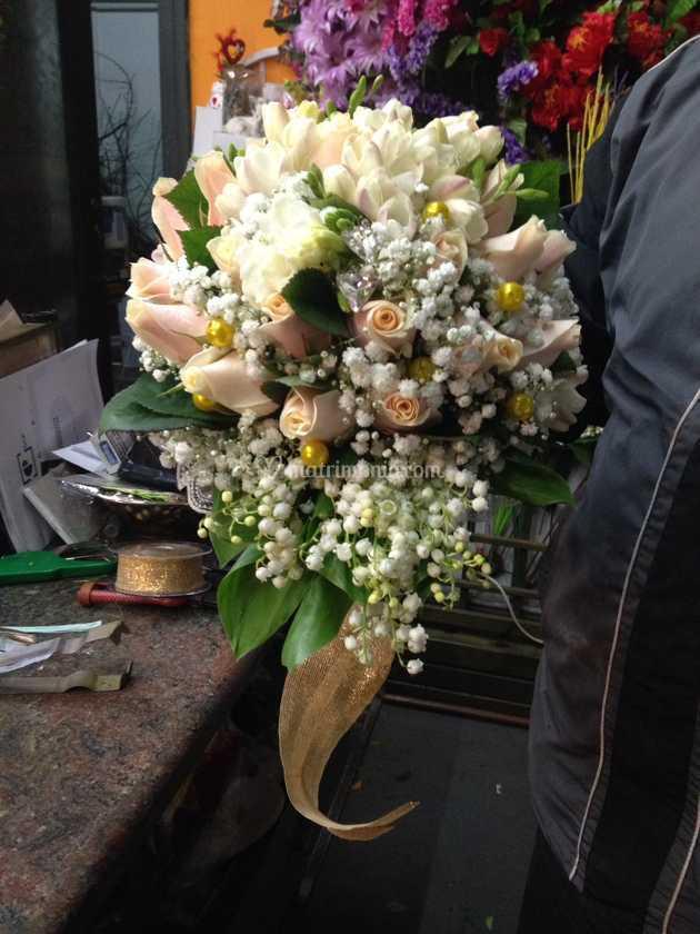 Bouquet Sposa Nozze Doro.Bouquet Nozze D Oro Di La Bottega Del Fiore Foto 4