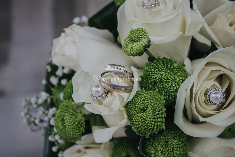 Particolare anelli sposi