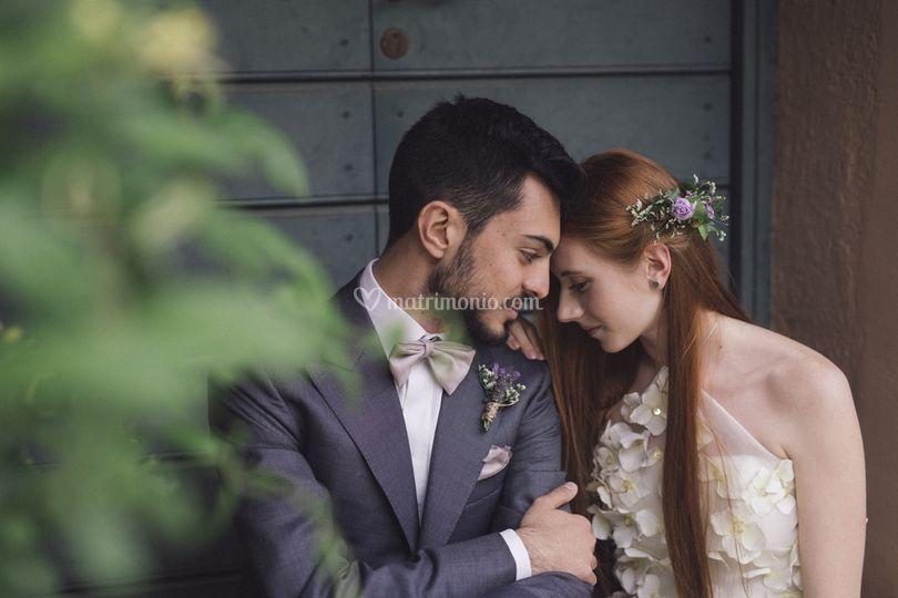 Sposi tra i glicini