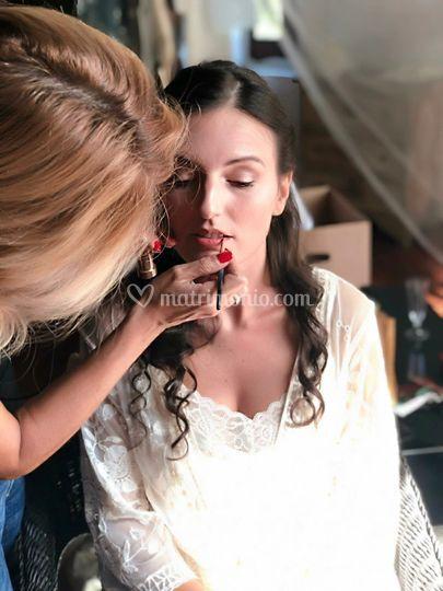 Eleonora sposa al trucco