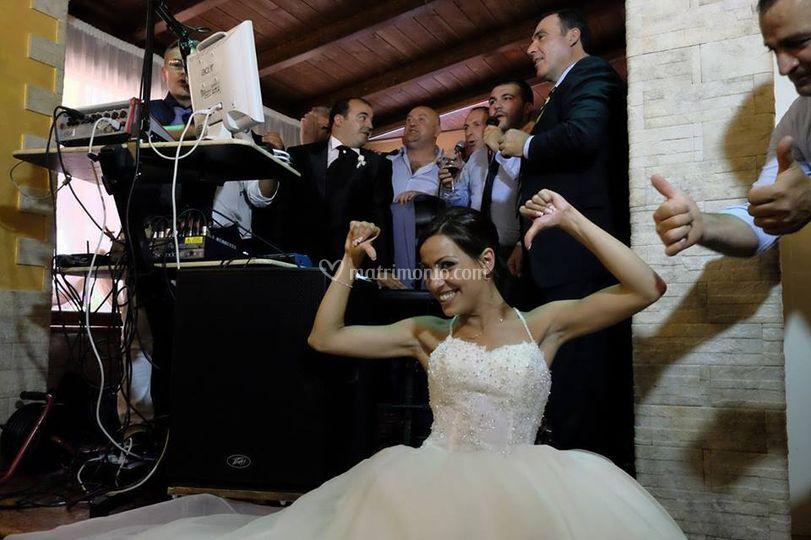 La sposa gioca