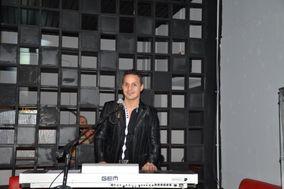 Cristian Musical Showman