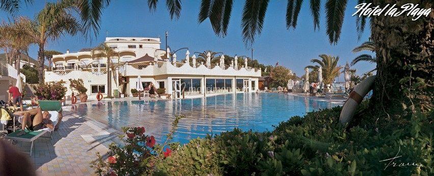 Gran Hotel La Playa esterni