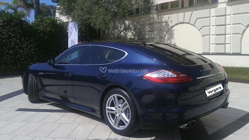 Porsche blu