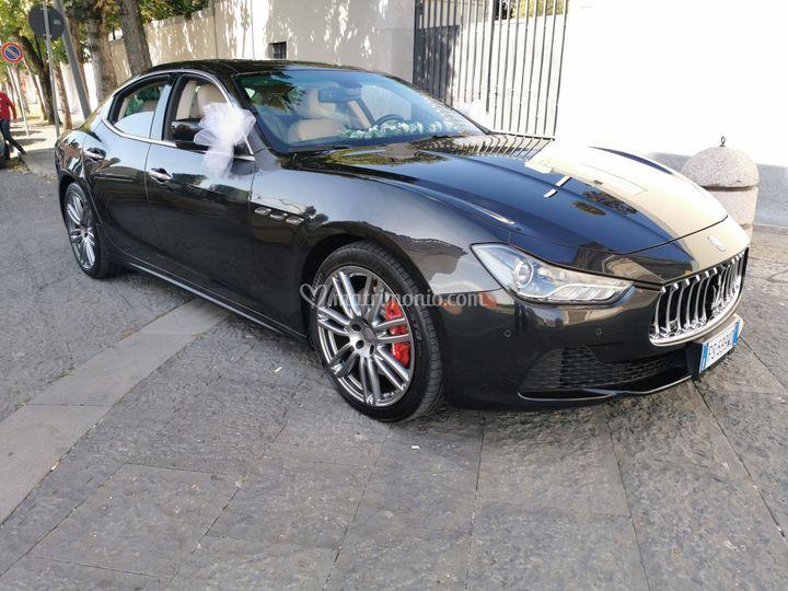 Maserati Ghibli nero GranSport