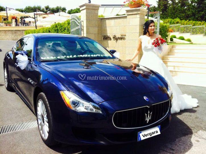 Maserati blu