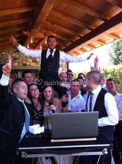 Karaoke sposi e amici