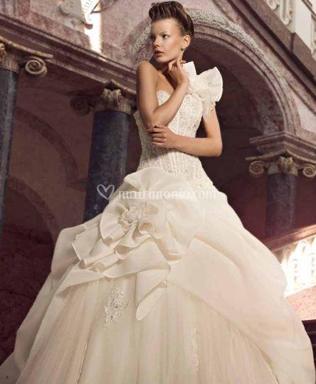 ... Linea Romantica- modello Linda bb3c5c2cf60