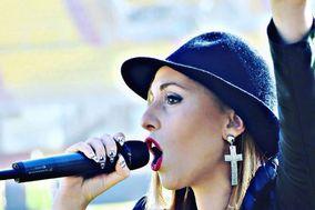 Isa J. Vocalist & Pianobar