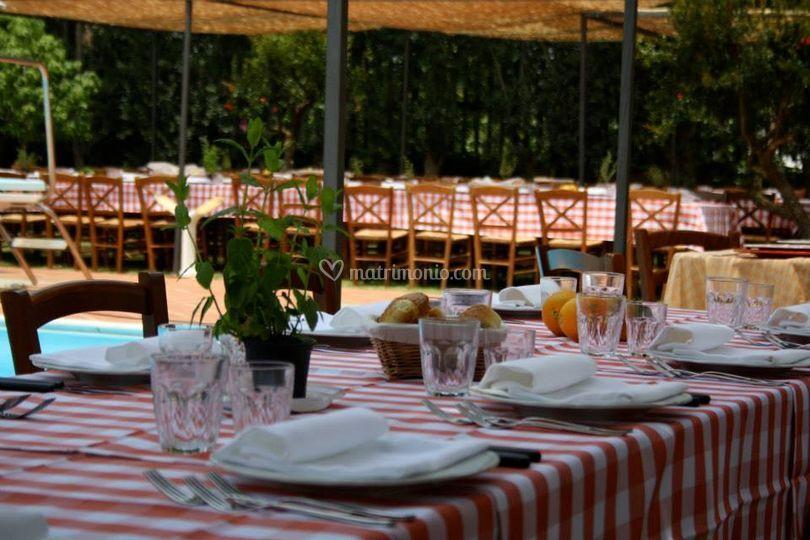 Tavoli e sedie banchetto