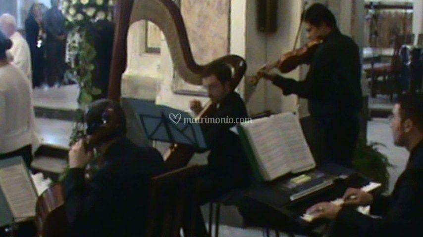 Arpa,Violino, Violoncello e Voce