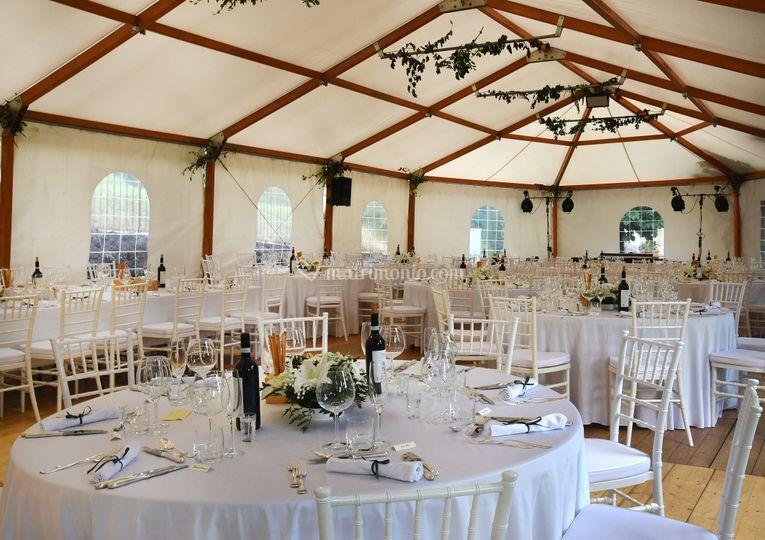 Matrimonio In Tensostruttura : Matrimonio tensostruttura di villa dolce vita resort foto