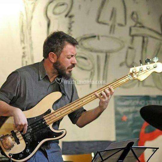 Daniele Cortese, bassista