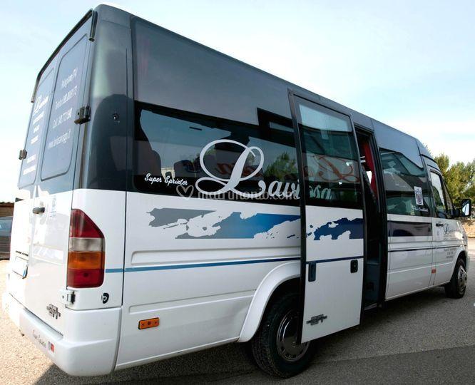 Minibus 16 pax