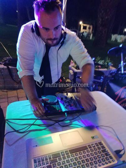 Servizio dj set, DJ Mike!