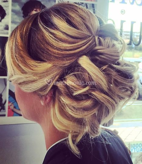 Whe - Wedding Hair Event