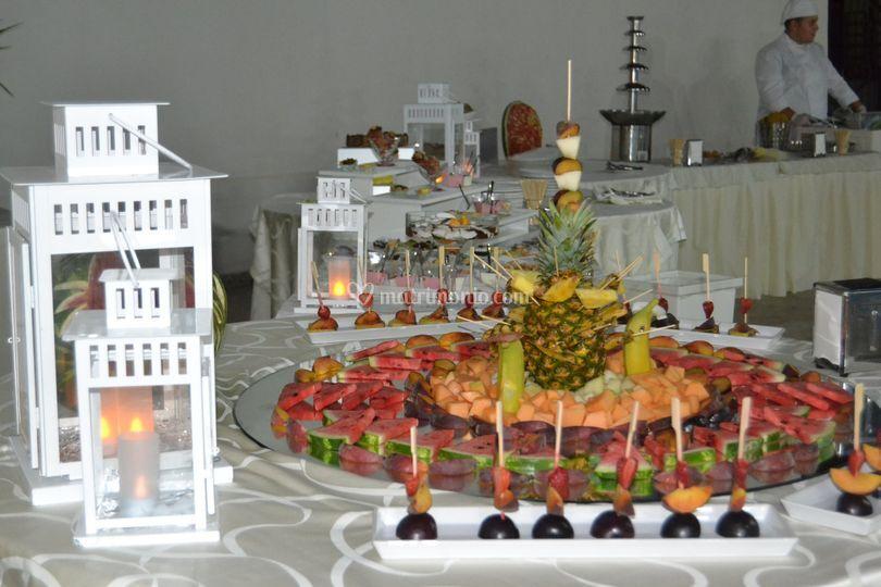 Buffet Di Dolci E Frutta : Buffet di frutta e dolci foto di ristorante al piave boffalora