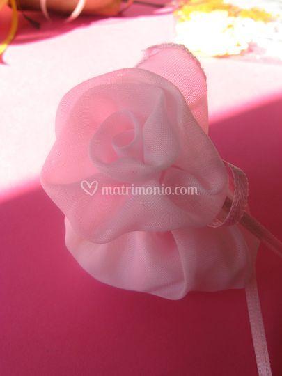 Rosa organza segnaposto