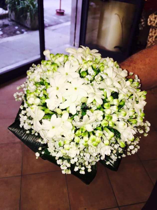 Bouquet Sposa Gelsomino.Bouquet Gelsomino Bouvardia Di Vulcano Dei Fiori Alario Foto 66