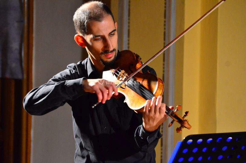 Mattia al violino