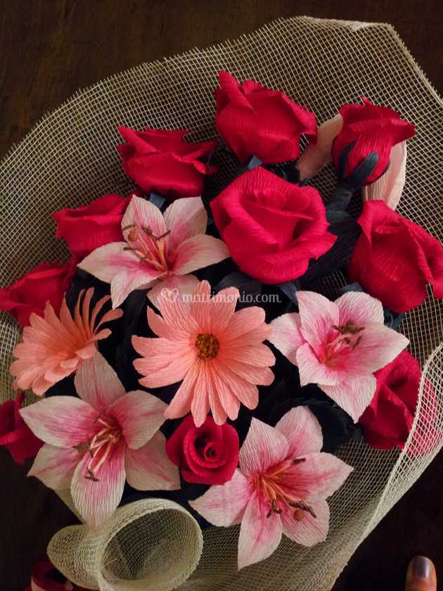 Mazzo Di Fiori Lungo.Mazzo Di Fiori A Stelo Lungo Di Forsitia Bouquet Sposa In Carta