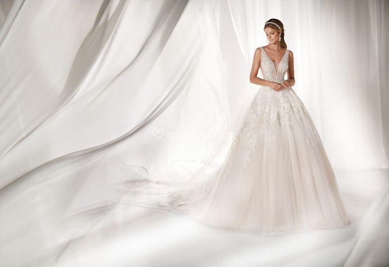 fbbfb9e122a4 Abito Sposa Nicole spose di Il Punto Sposi