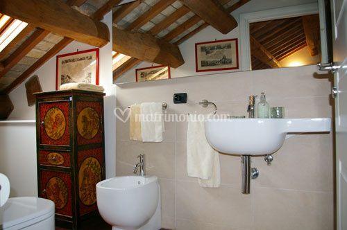 R b a casa di paola suite for 2 br 2 piani casa bagno