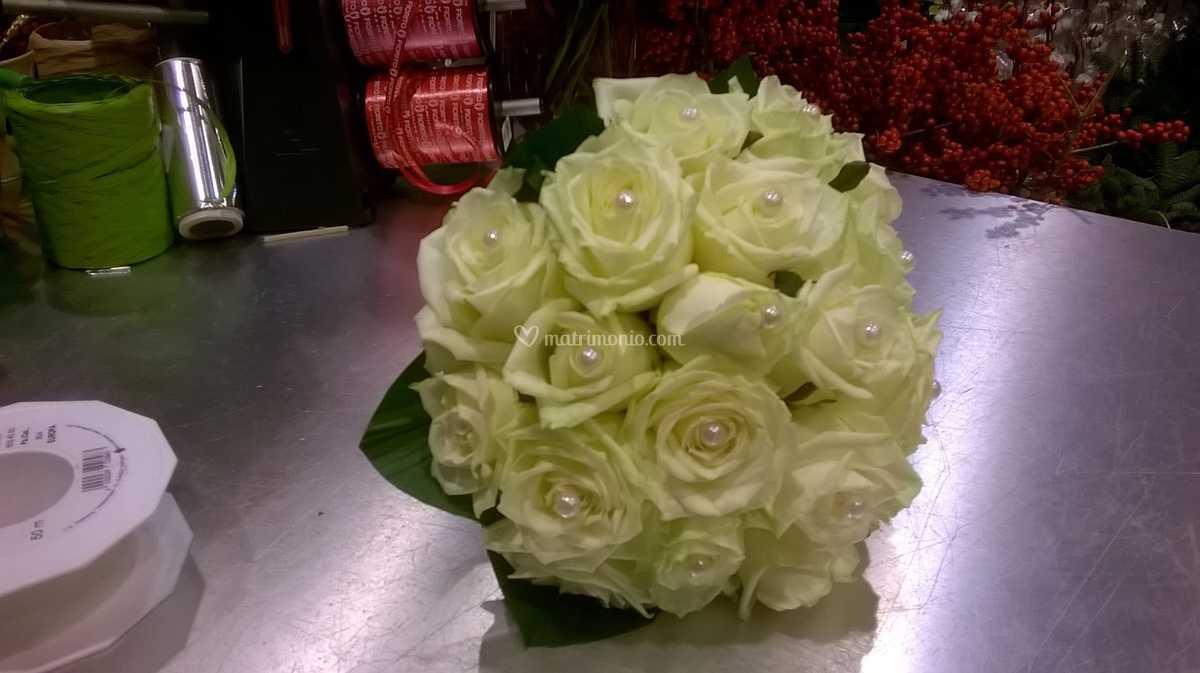 Bouquet Sposa Milano.Bouquet Da Sposa Con Rose Di Fiorito Milano Fotos