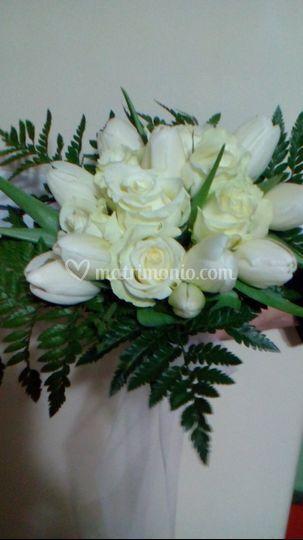 Bouquet tulipani e rose