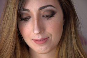 Isabella Serra Makeup-Artist