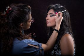 Ines Siracusano - Make Up Artist