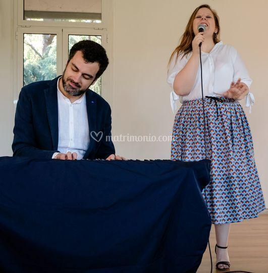 La cantante e il pianista