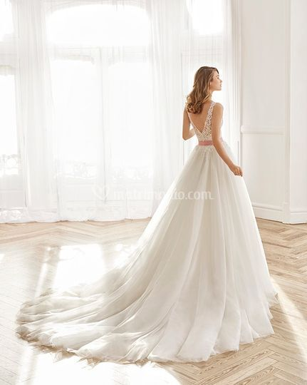 Abiti Da Sposa 00165.Le Spose Di Dati