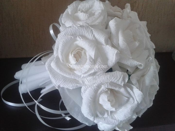 Bouquet rose carta crespa