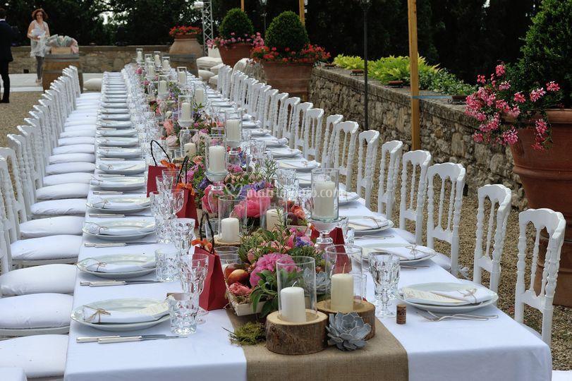 Ricevimento Matrimonio Toscana : Ricevimento all esterno di castello vicchiomaggio foto