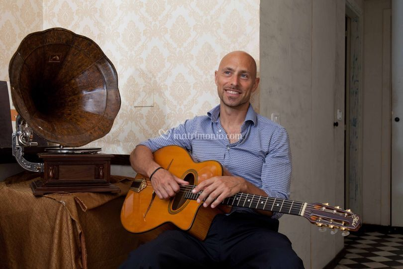 Dario Napoli jazz manouche