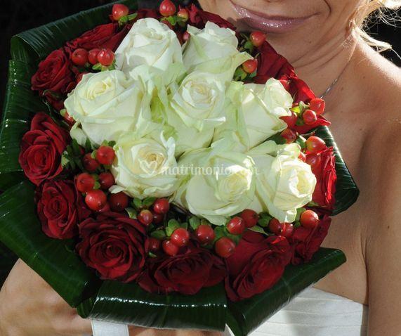 Bianco e rose rosse