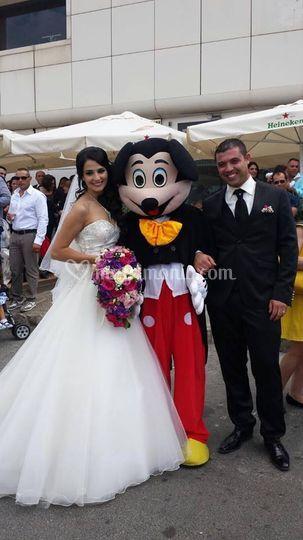 Sposi e Mascotte